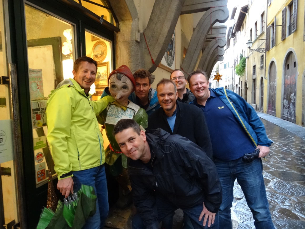 Gruppenbild mit Pinocchio